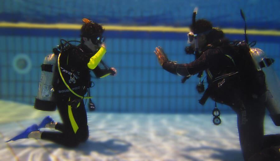 scuba diving course img